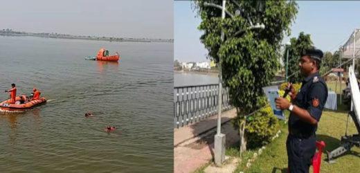 झालावाड़ : आपदा प्रबंधक ने स्कूली बच्चों को दिया बाढ़ में बचने का लाइव डेमो, सेटेलाइट के बारे में भी बताया